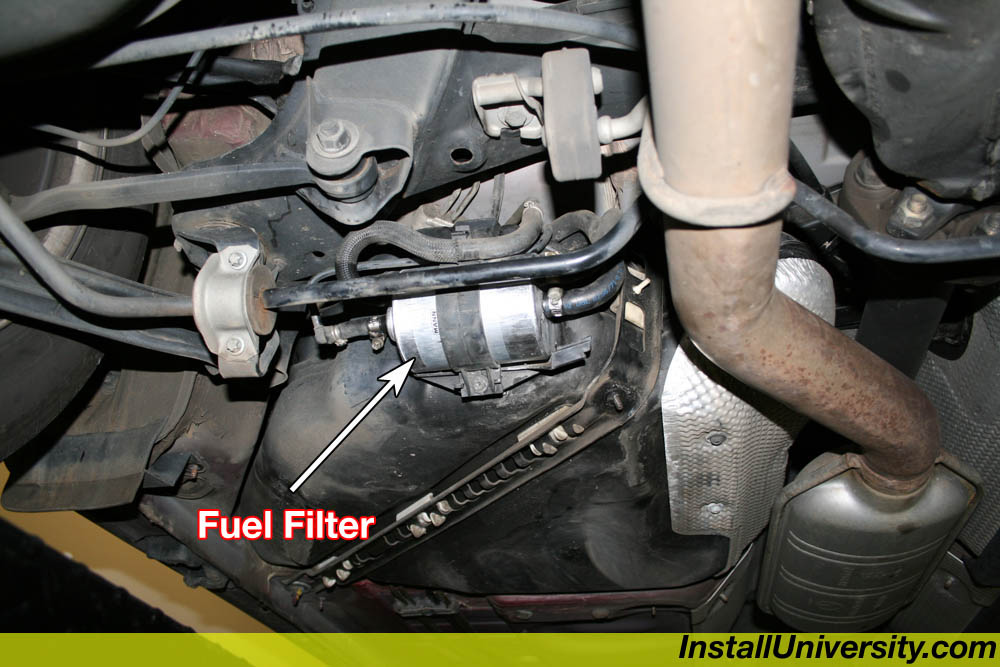 Fuel filter mercedes benz c class w203 for Mercedes benz fuel filter